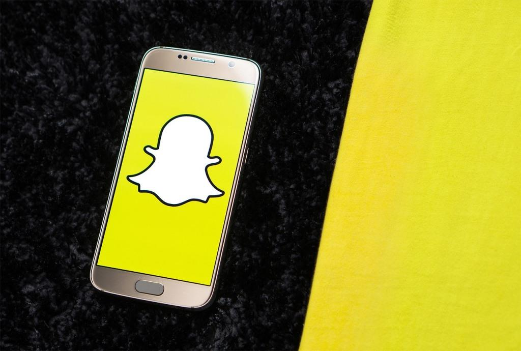 How to Use Snapchat for PC, Snapchat on Windows, IOS - Twollow